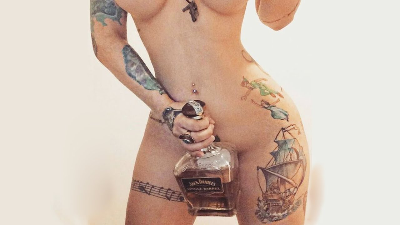 women beautiful tattooed nude
