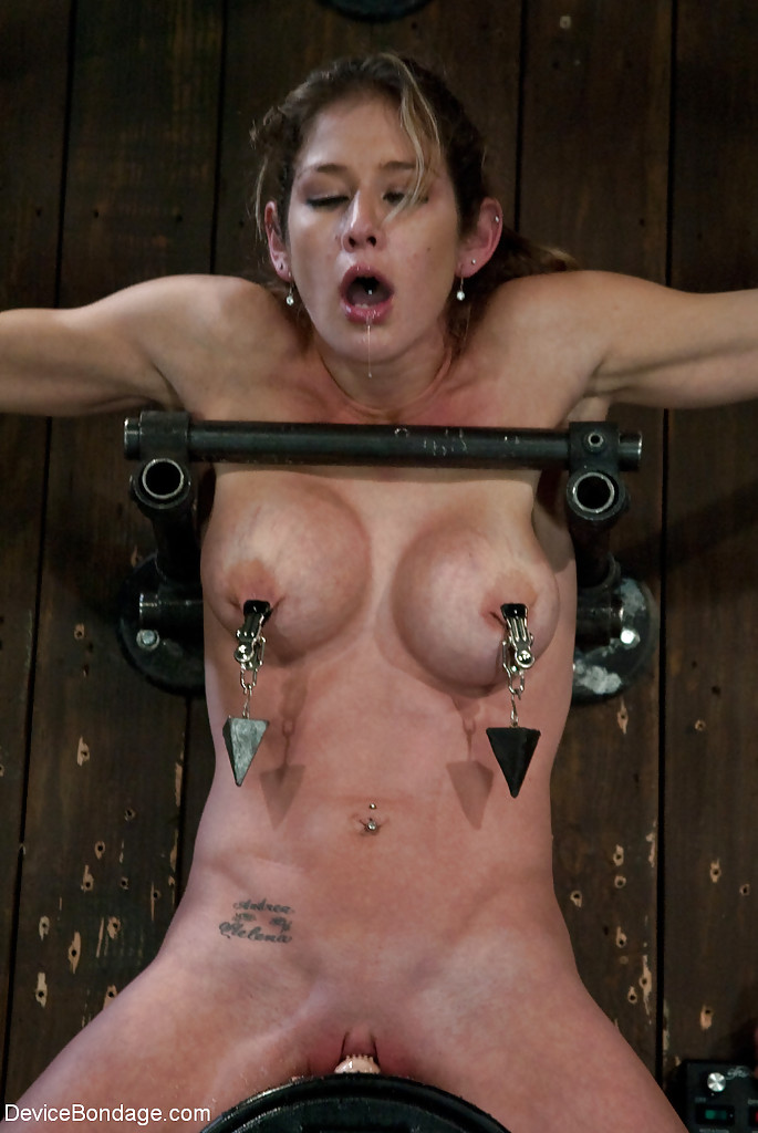 Cum on sybian wife