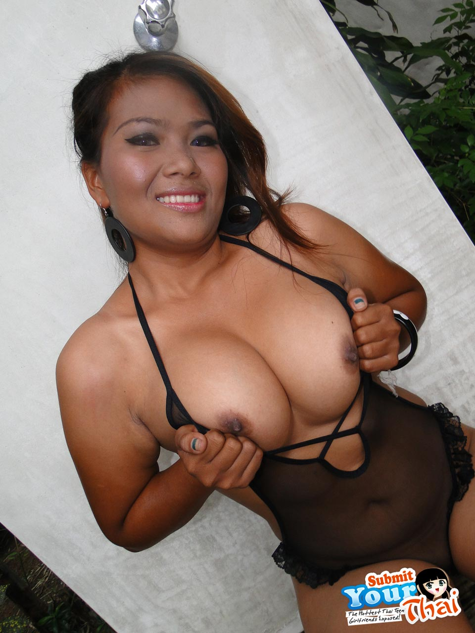 thai Submit tits your big