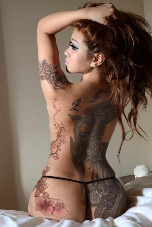 nude women tattooed beautiful
