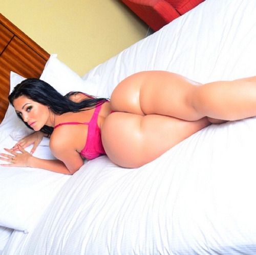 divine booty Rosee