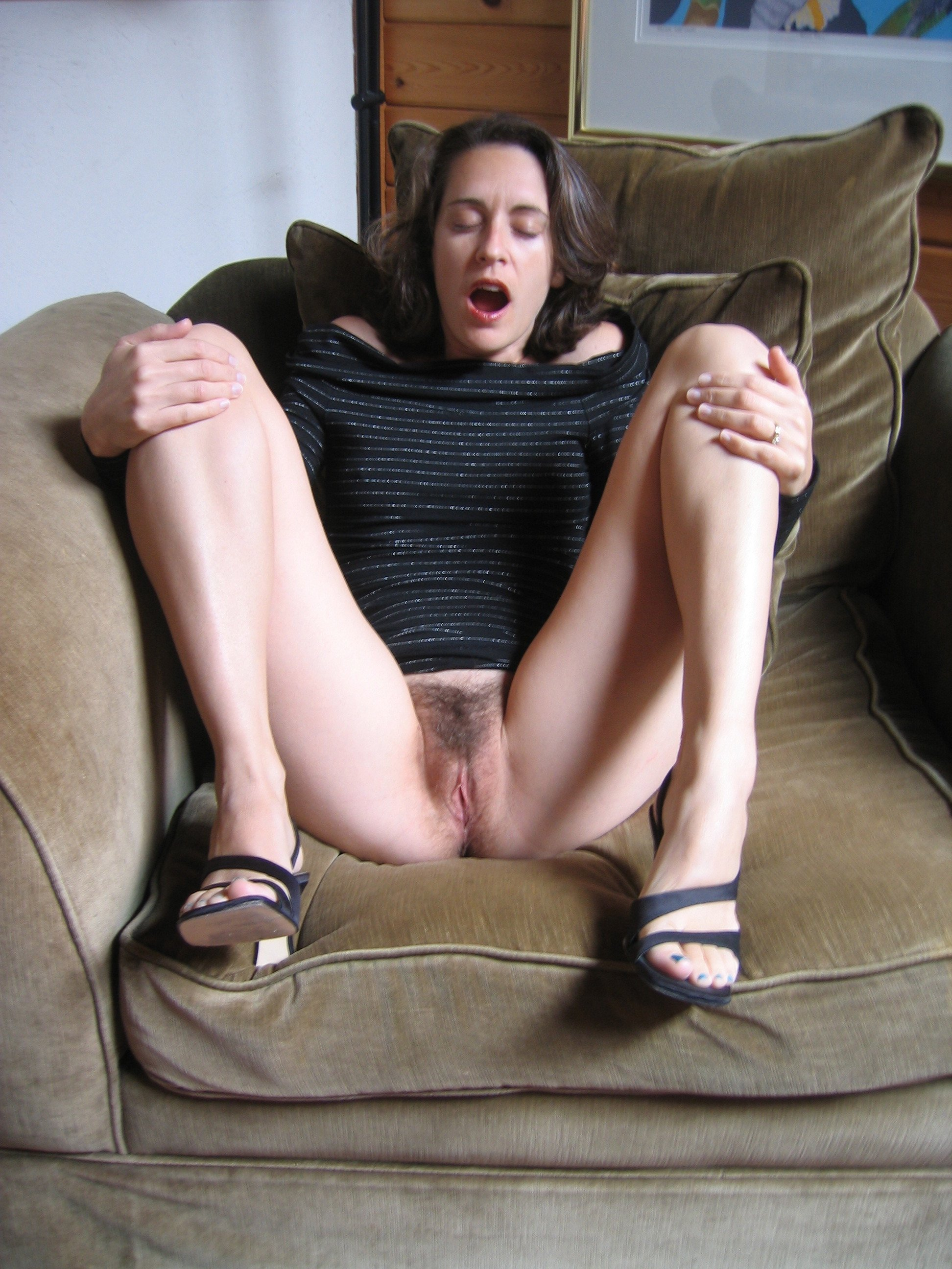 amateur wifes photos mature busty topless