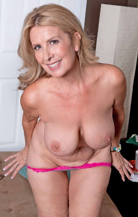 naked old pics yrs 60 women
