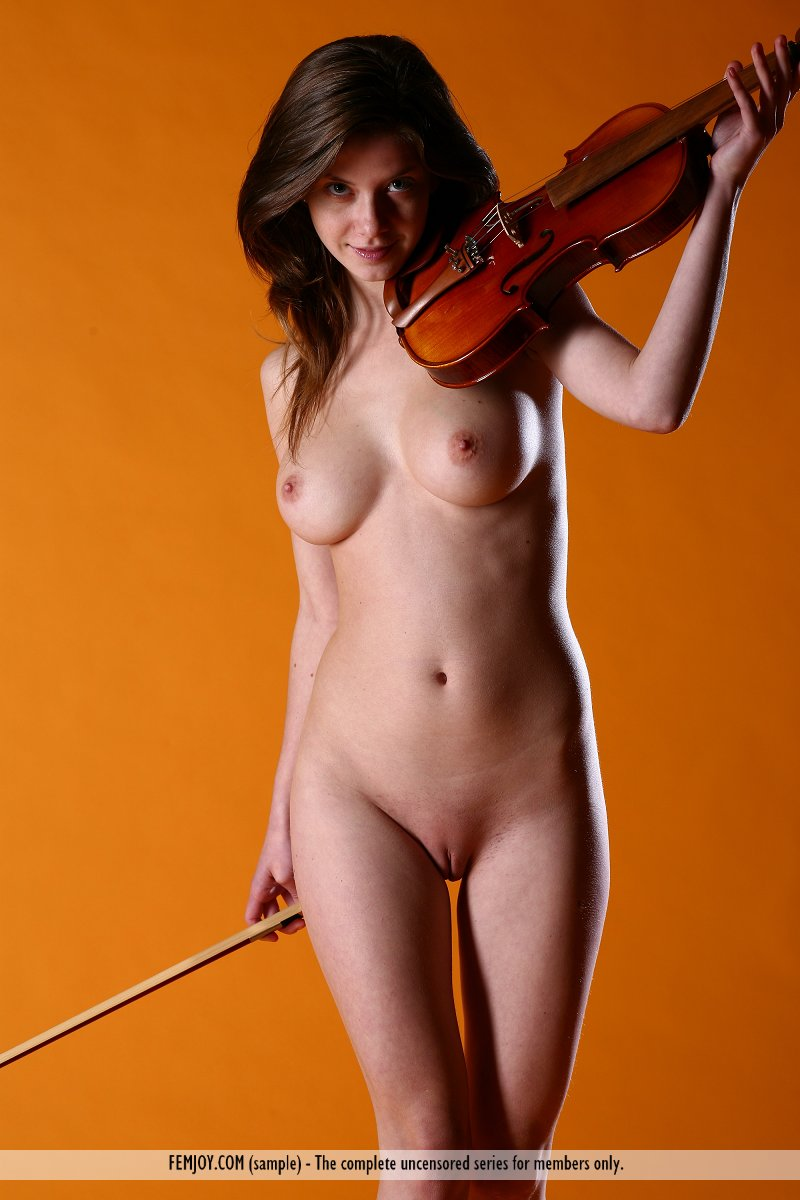 chinese female musicians Nude