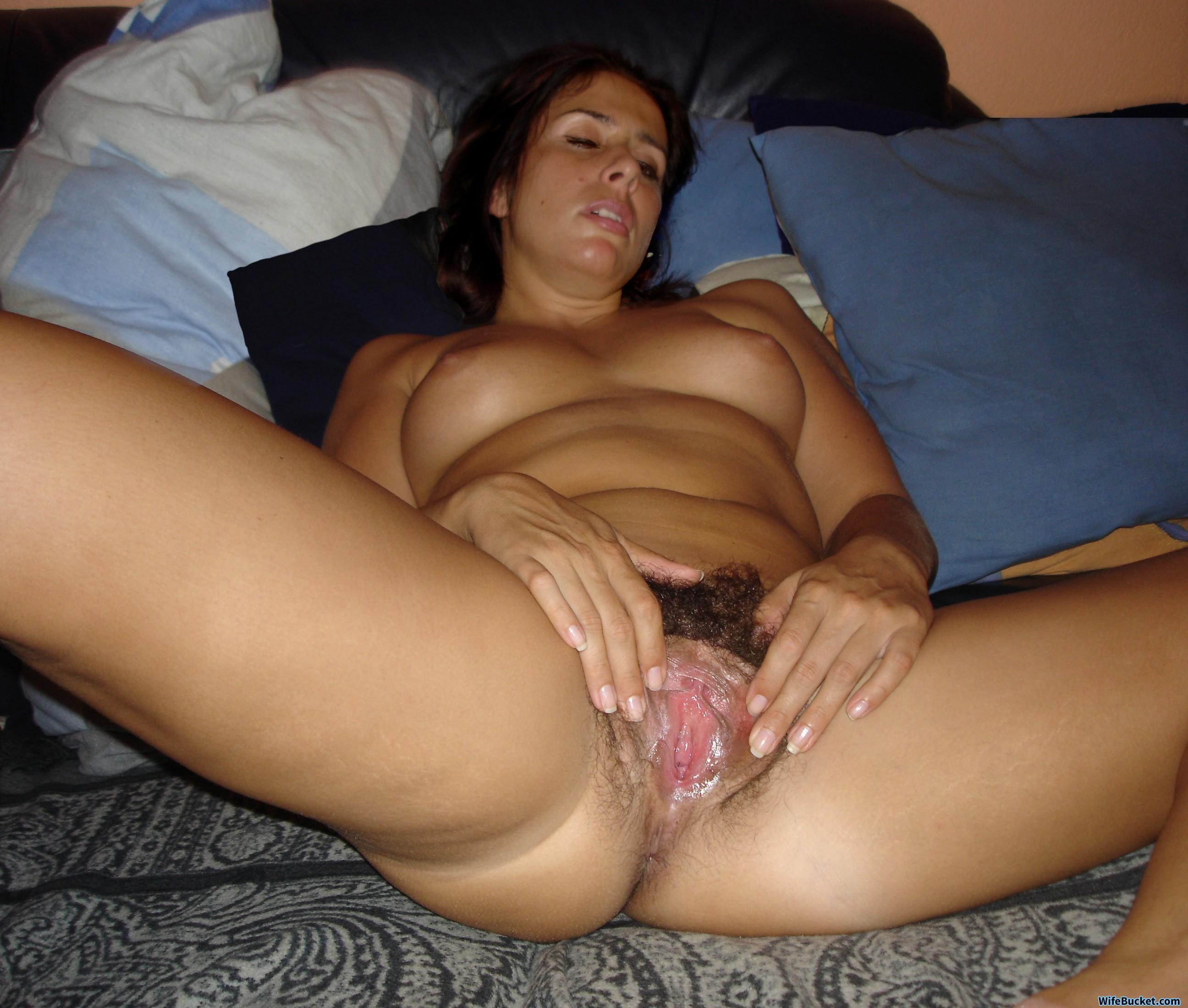 wife spread that pussy