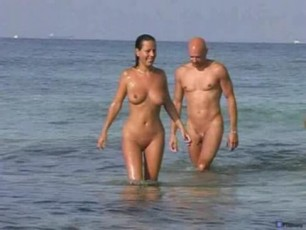 beach on black Nude couples