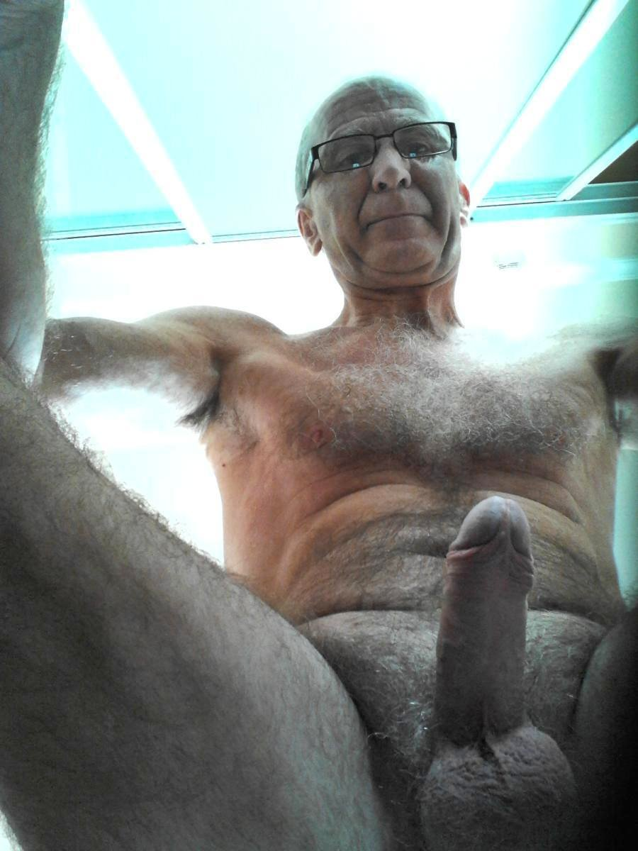 desi Older male tumblr nude