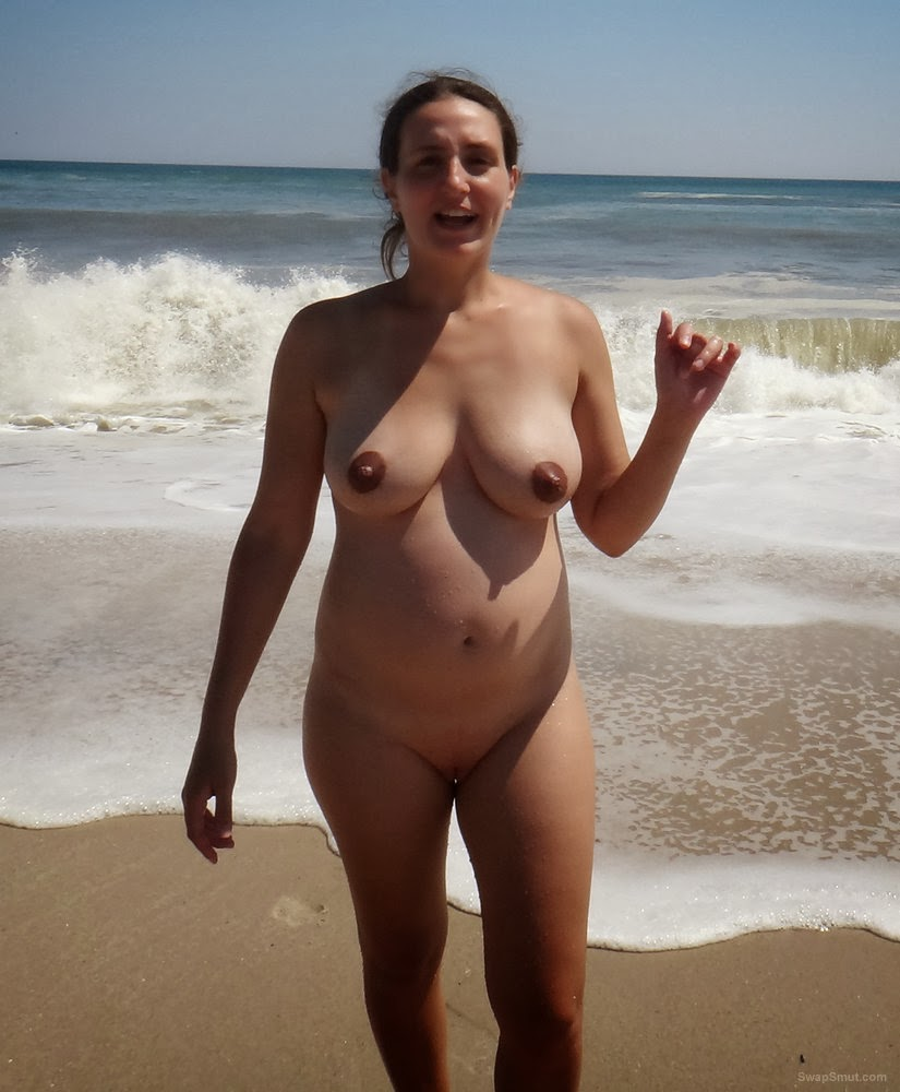 woman nude Pregnant beach at