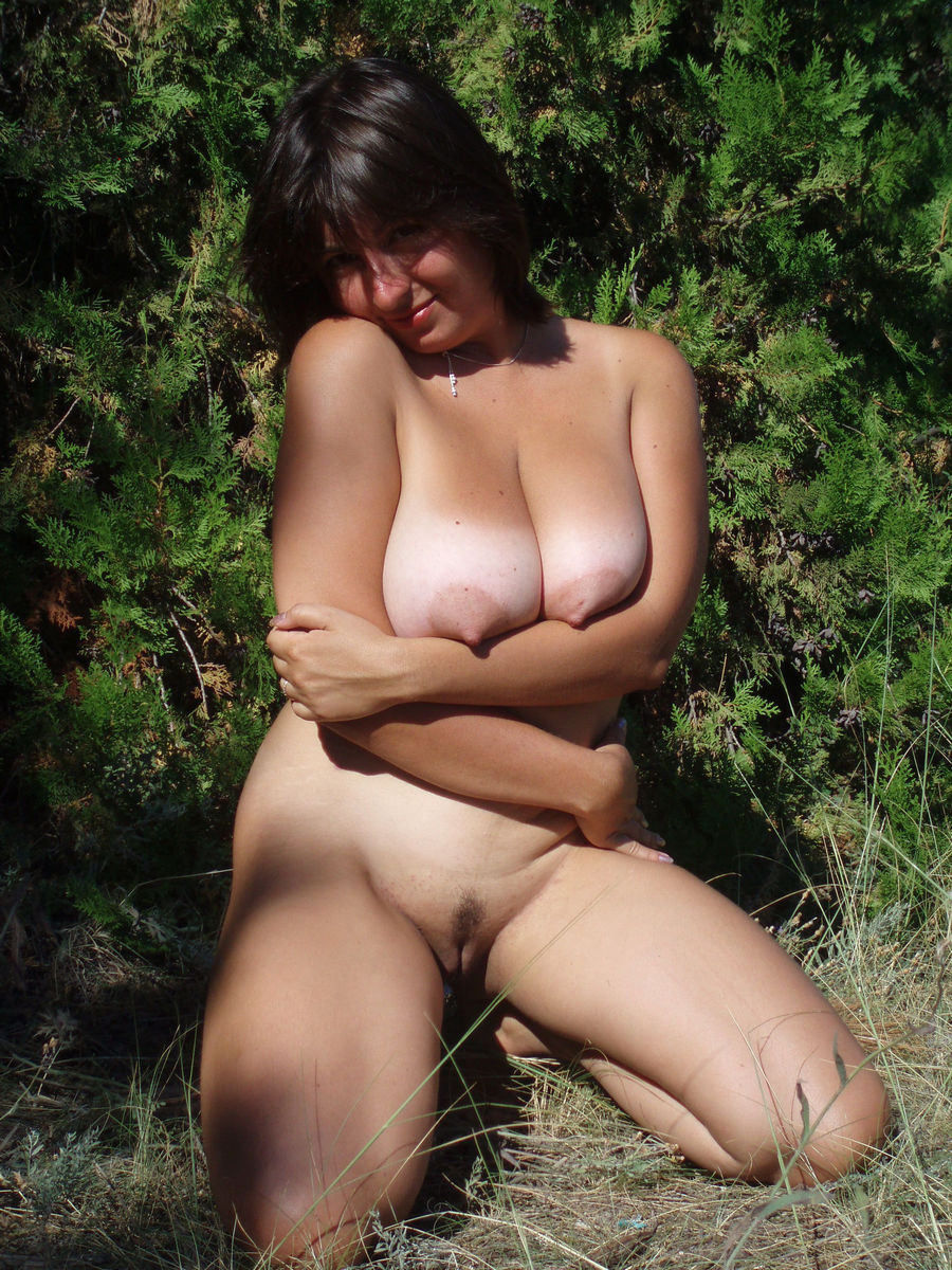 tits Nude outdoors hairy big