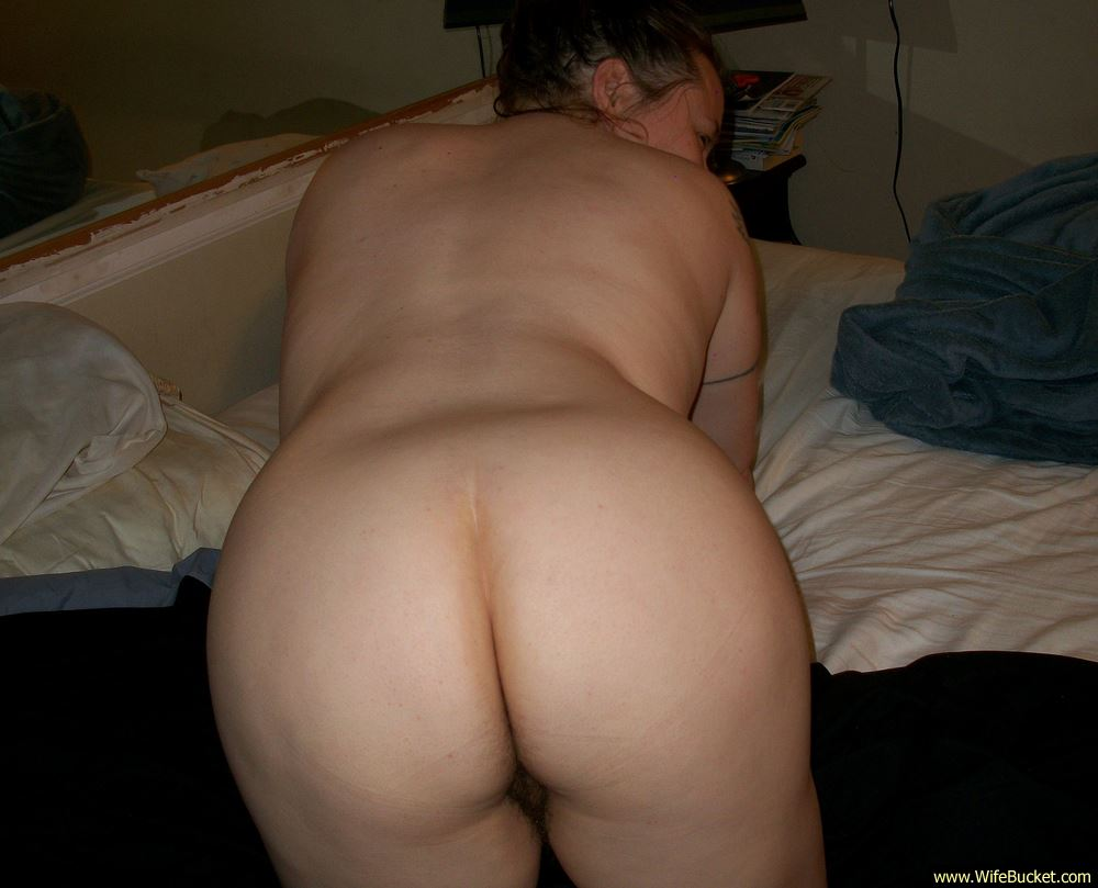 over nude Fat girl bent