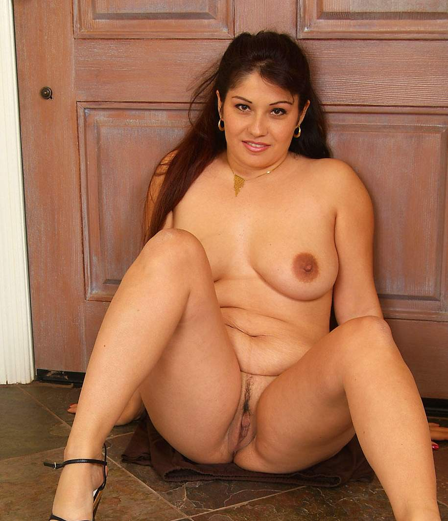 Pakistani female porn star nude photo