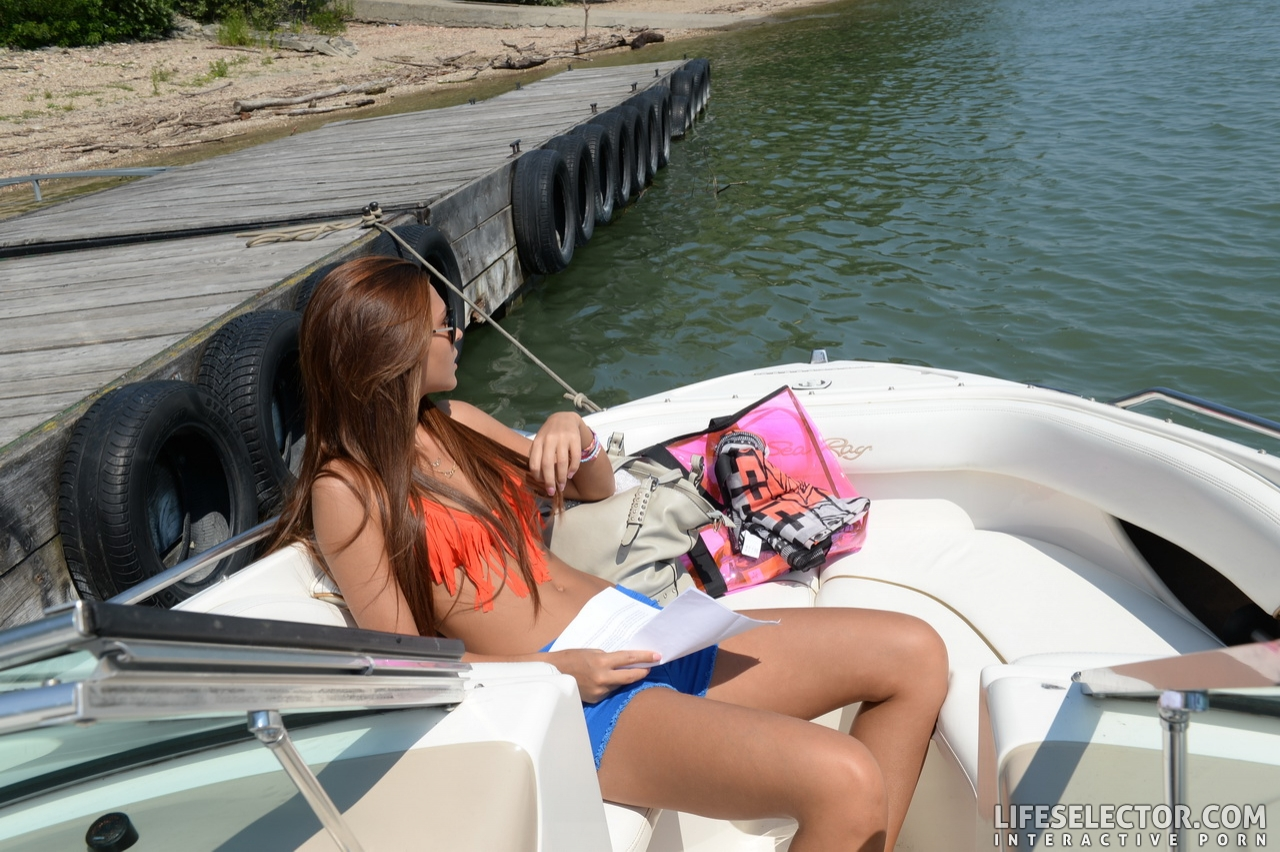 boat nude Alexis brill on