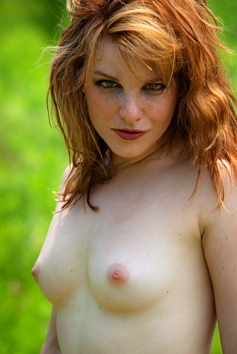 girls freckles with pale Nude