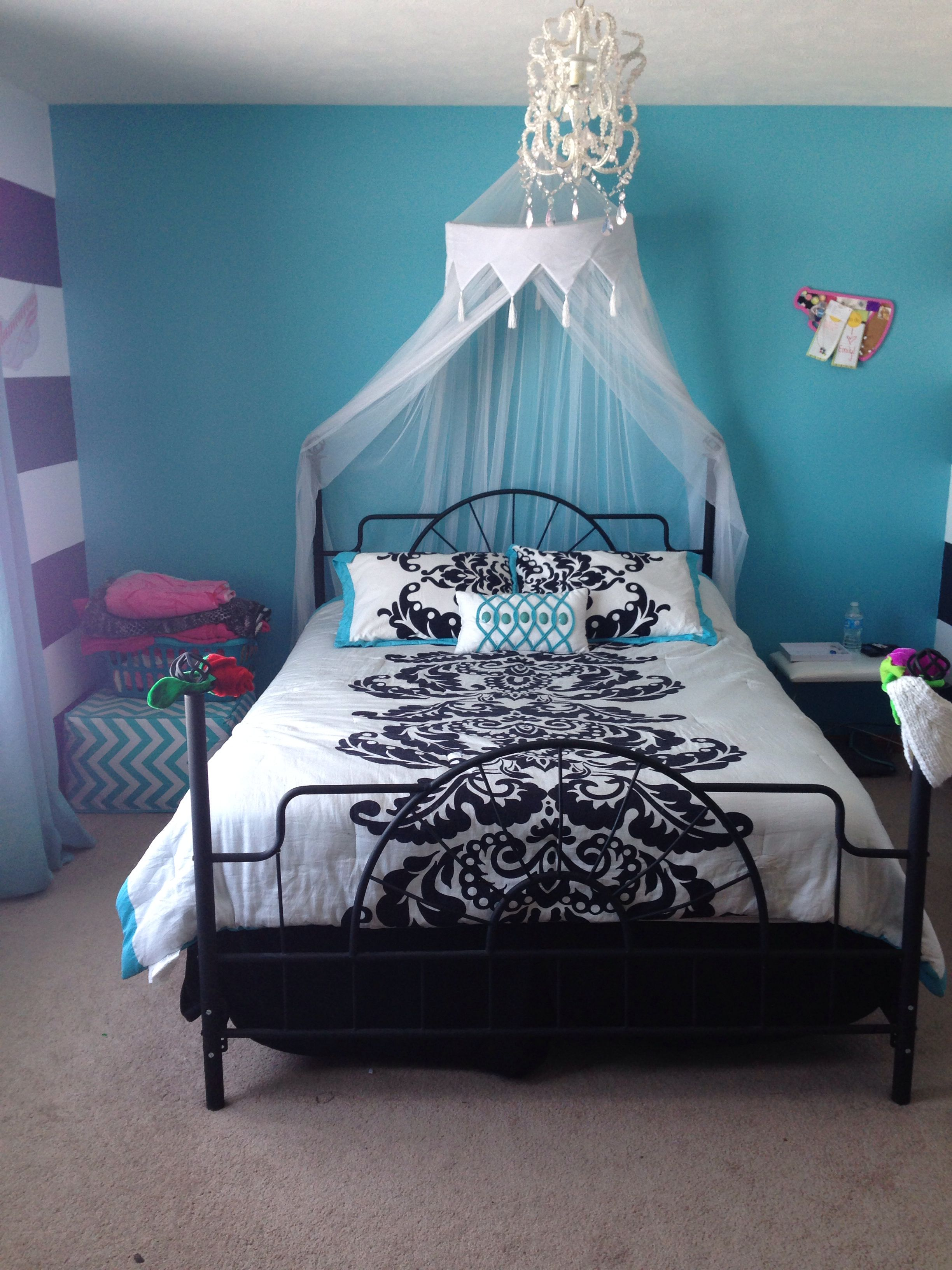 decorate teen bedroom Monster themes