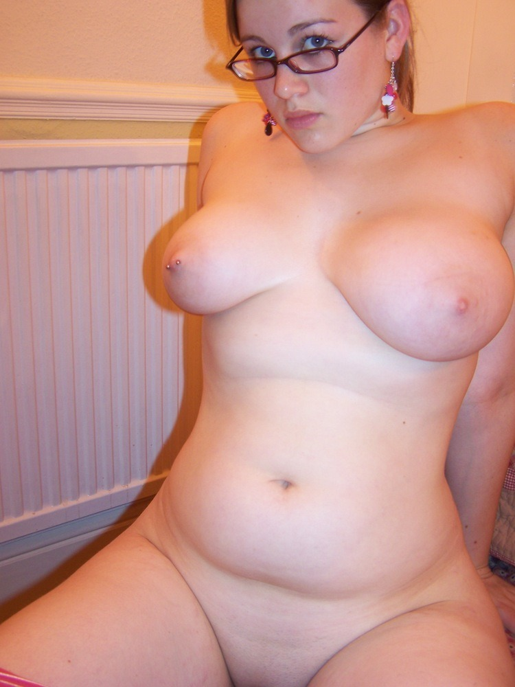 nipples pierced and lips Girls with pussy