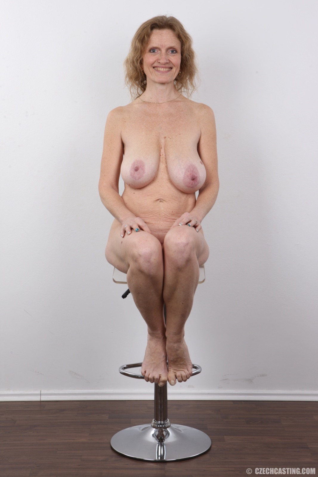 pussy nude saggy