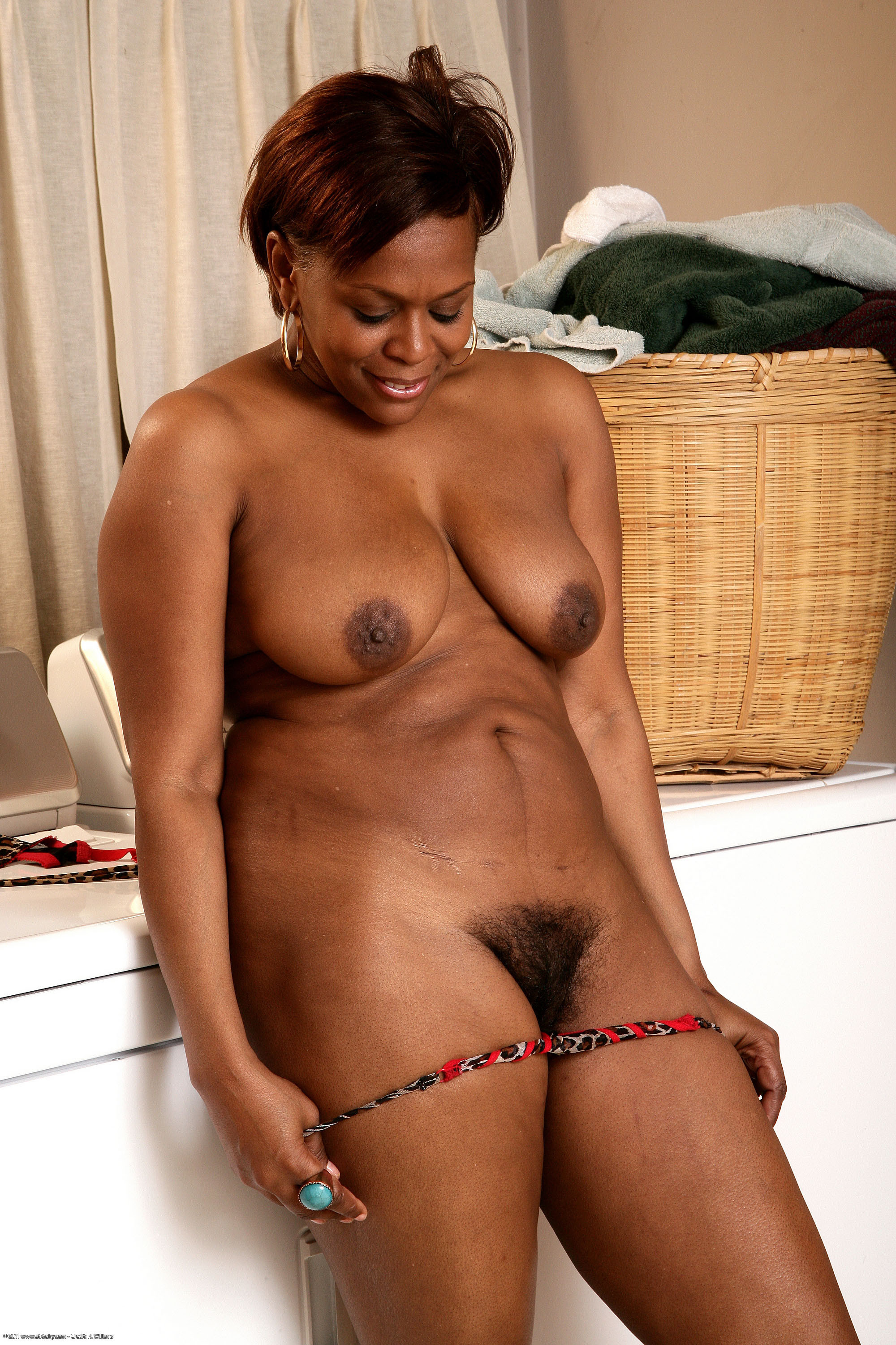 mature nudes African