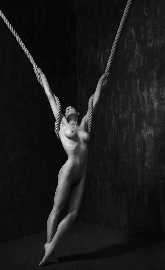 woman Black artistic nudes and white