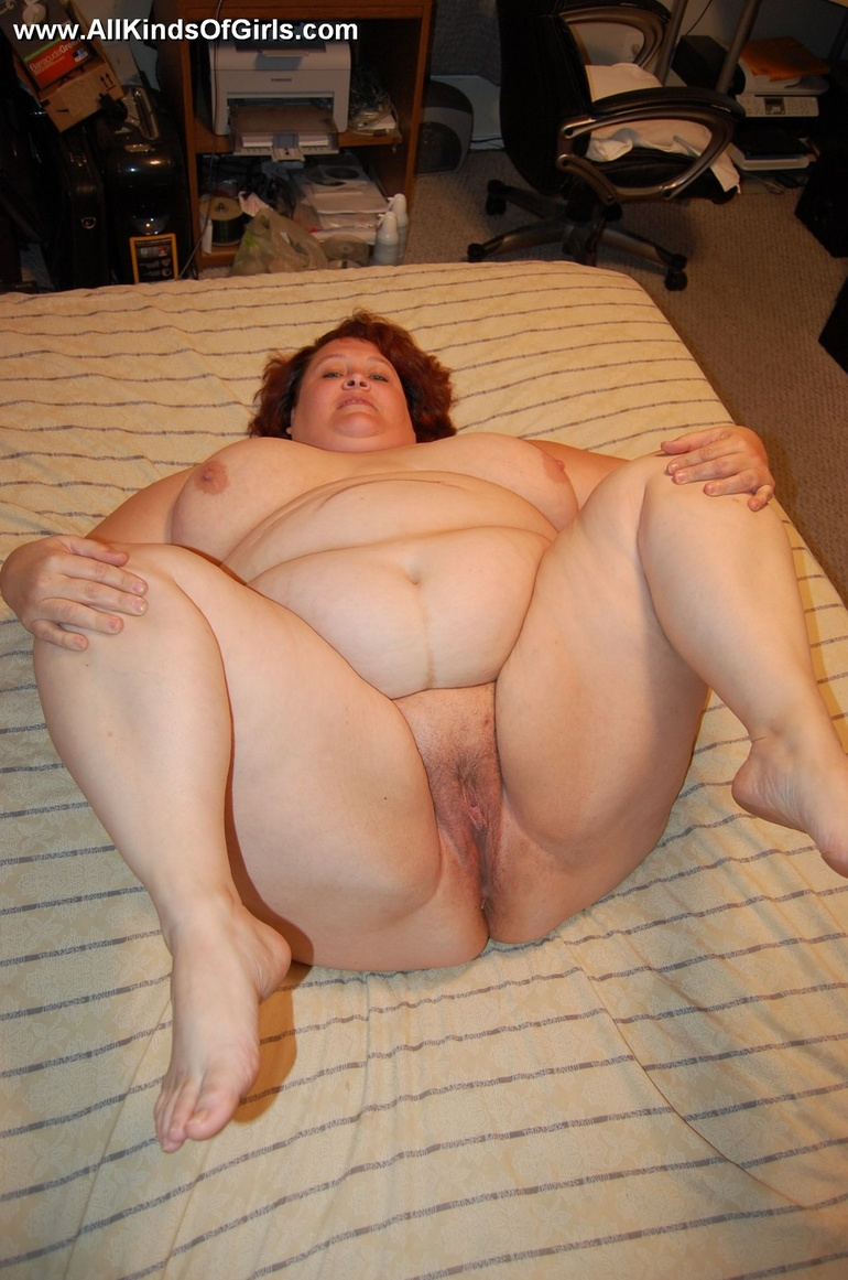 fat pussy Huge spread