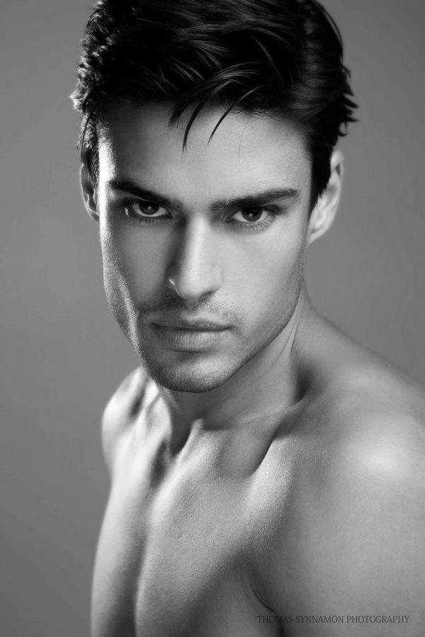 bechet model Alex