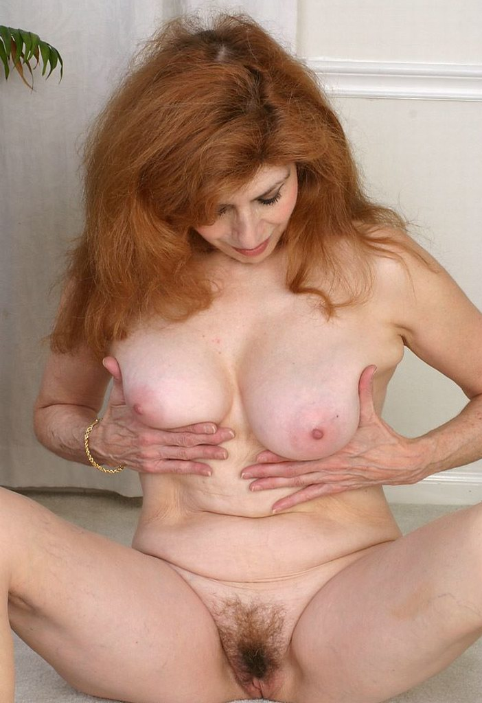 hairy spread Mature pussy big tits