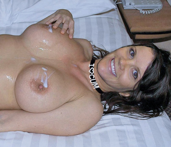body cum Pearl necklace on