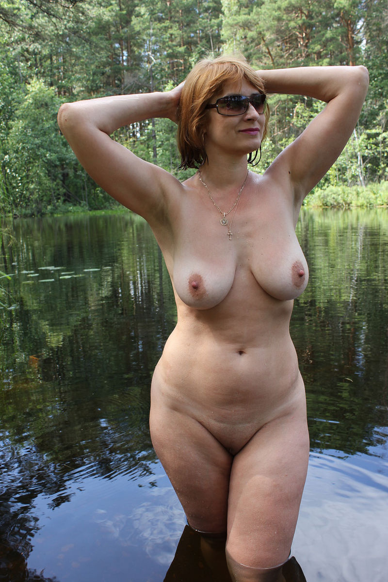 nude huge swim breast