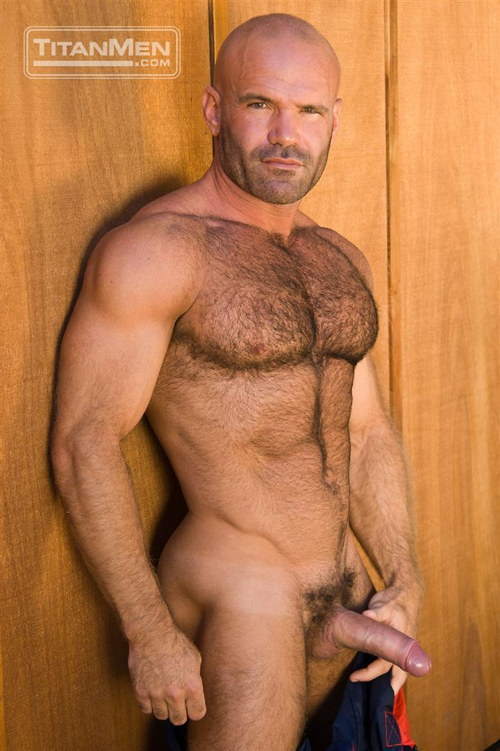 gay pornstars muscle bear Naked