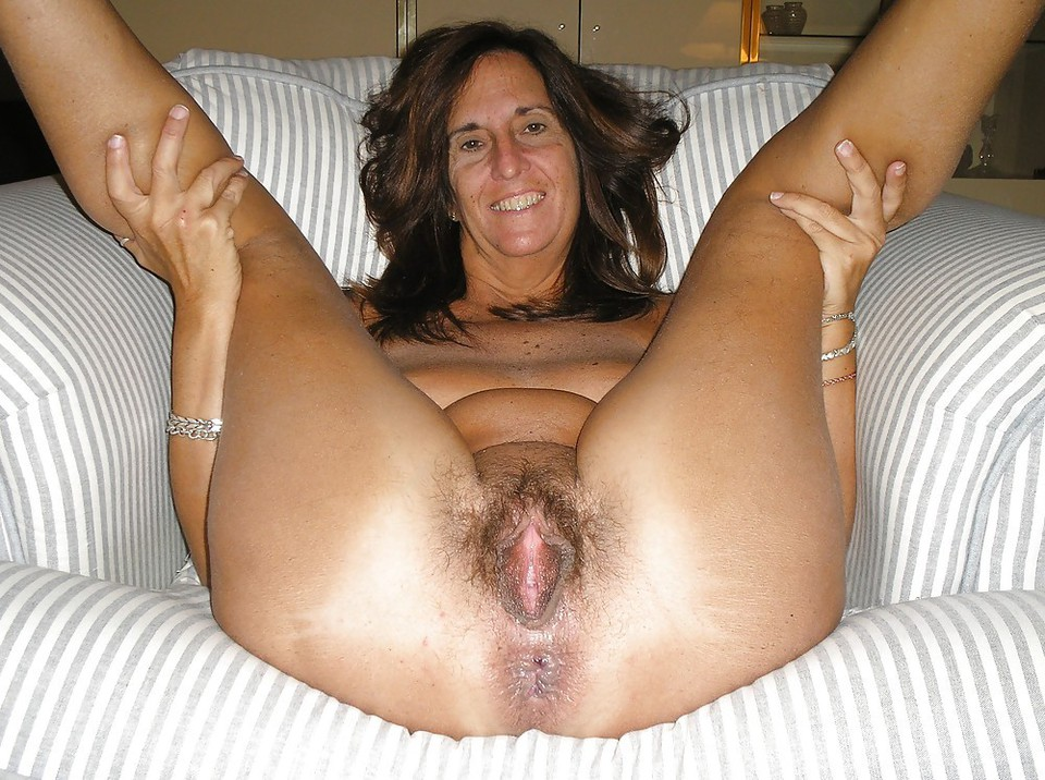 tits pussy hairy spread Mature big