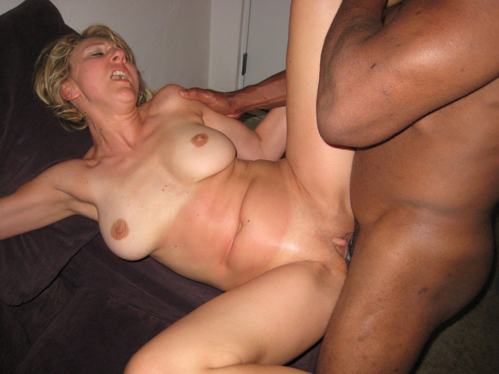 wife Mature pussy swinger