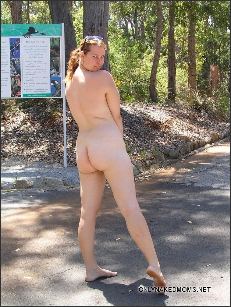outdoor public nude hairy