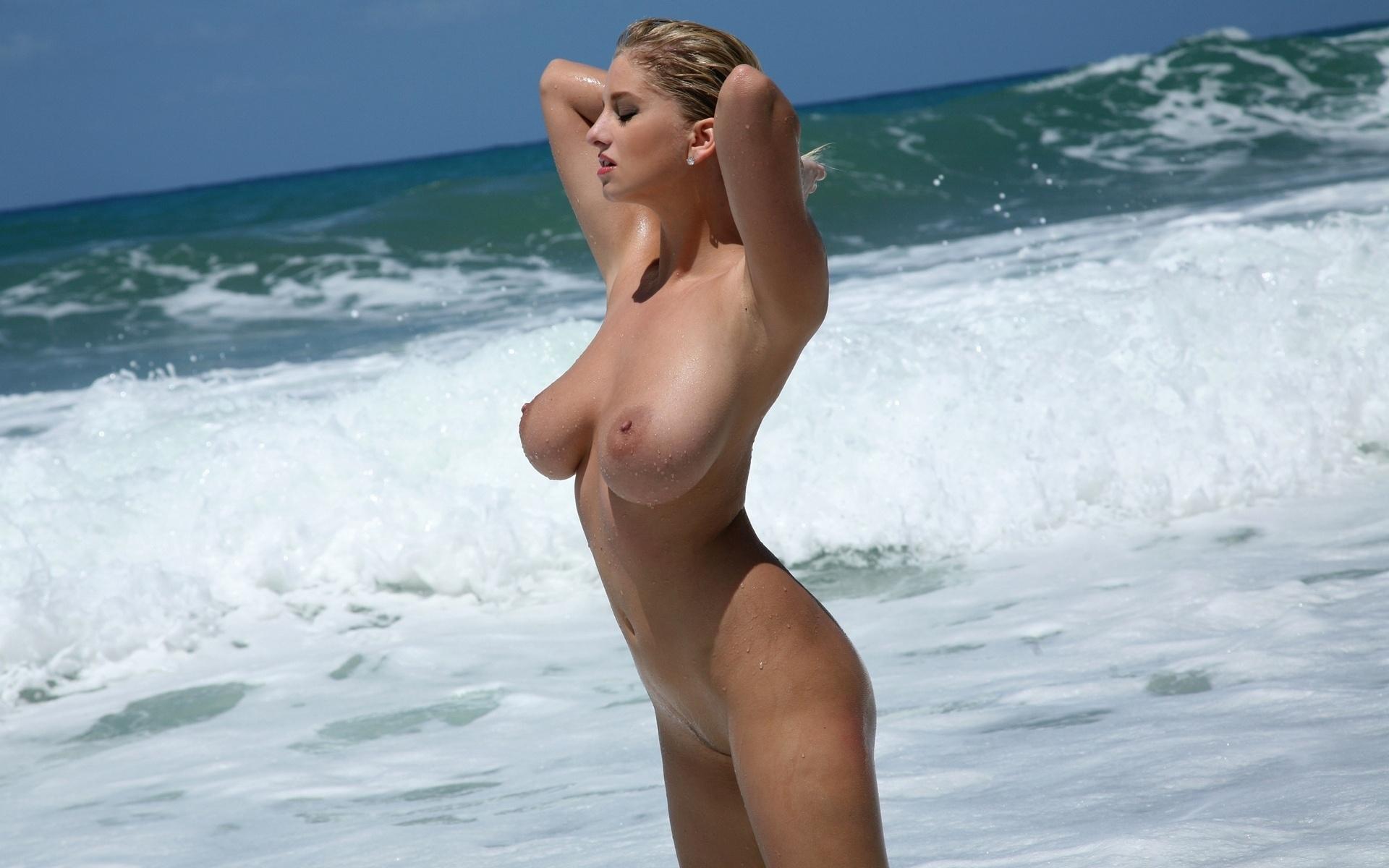 female nude beach 2010 in
