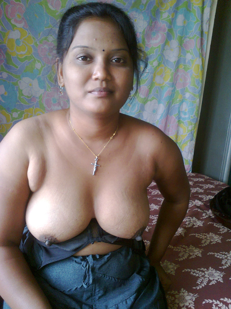 nude aunty pussy