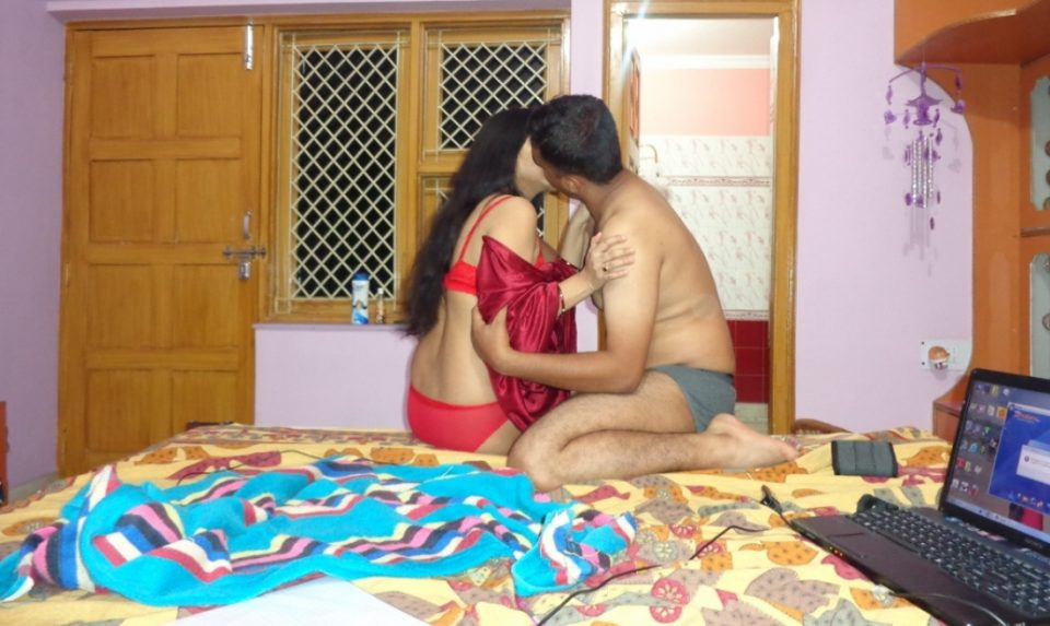 woman night desi xxx at blouse sleep