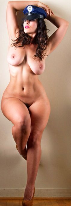curvy woman nudity nice