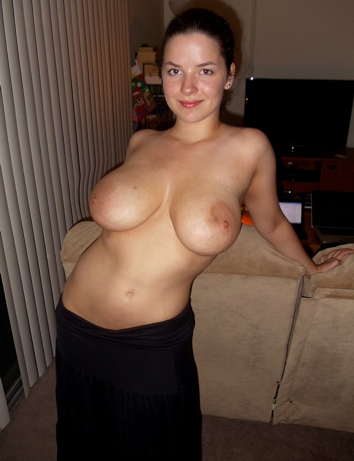 wifes topless amateur photos busty mature
